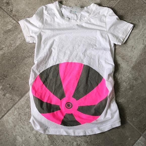 ef13a2d0225fb Mamagama beach ball maternity T-shirt! M_5b217e3a1b3294aade7cc0d1